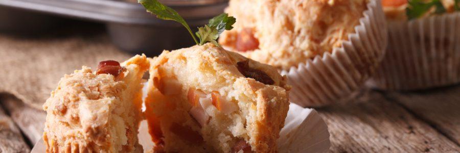 Matpakke muffins med ost og skinke